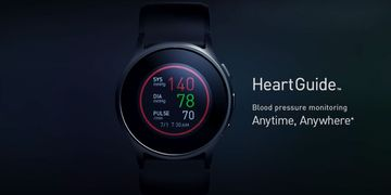 Đồng hồ thông minh đo huyết áp đầu tiên Omron HeartGuide chính thức lên kệ